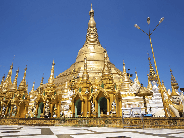 Pagoda Shwedagon, Rangún, Mjanmarsko